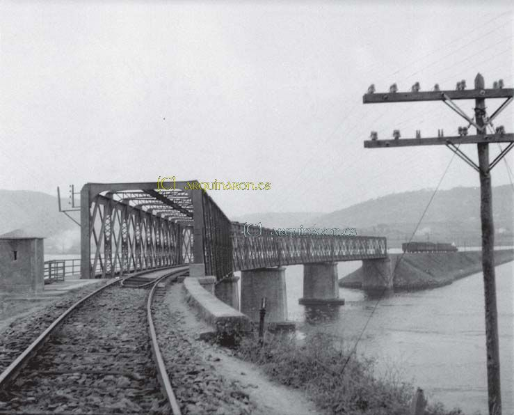 Ponte do ferrocarril no Couto. 1930.